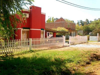 Casa 2 Plantas, Dos Dormitorios, 6 Personas, A Estrenar!!
