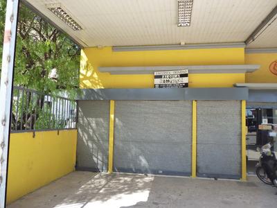 Local Comercial En Zona Comercial De Piedras Blancas
