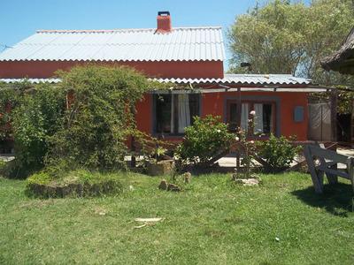 Casa Para Cuatro Personas A 2 Cuadras Y 1/2 De La Costa!!!!!