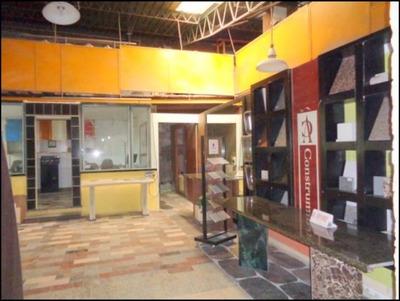 Local Industrial O Depósito De 1100m2 Sobre Av. Gral Flores