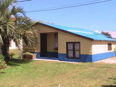Cabañas Cacho: Alquier O Venta De Cabañas En Barra Del Chuy